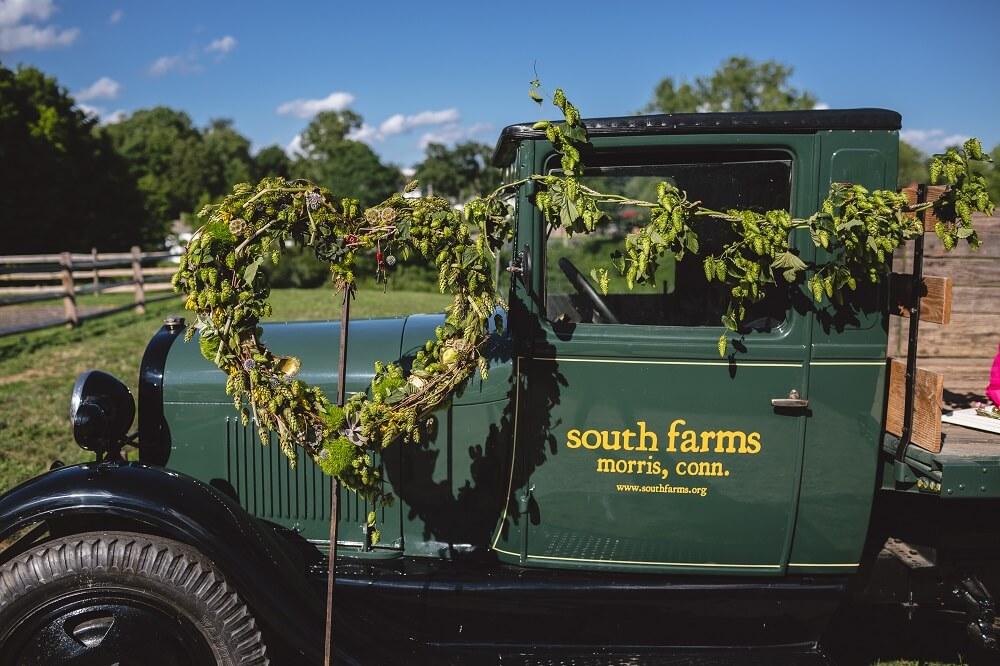 Barn Wedding Venue CT: The White Barn @ South Farms in ...
